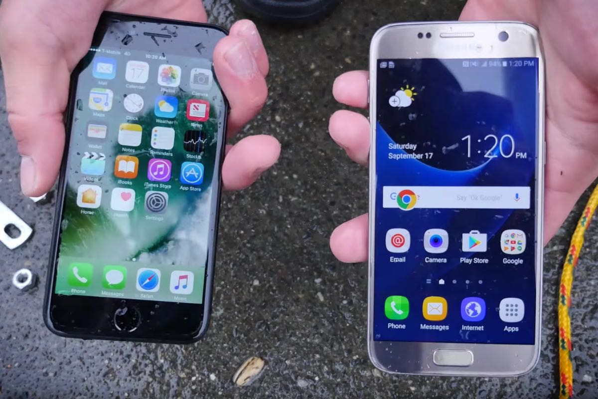 Apple iPhone 7 Samsung Galaxy S7