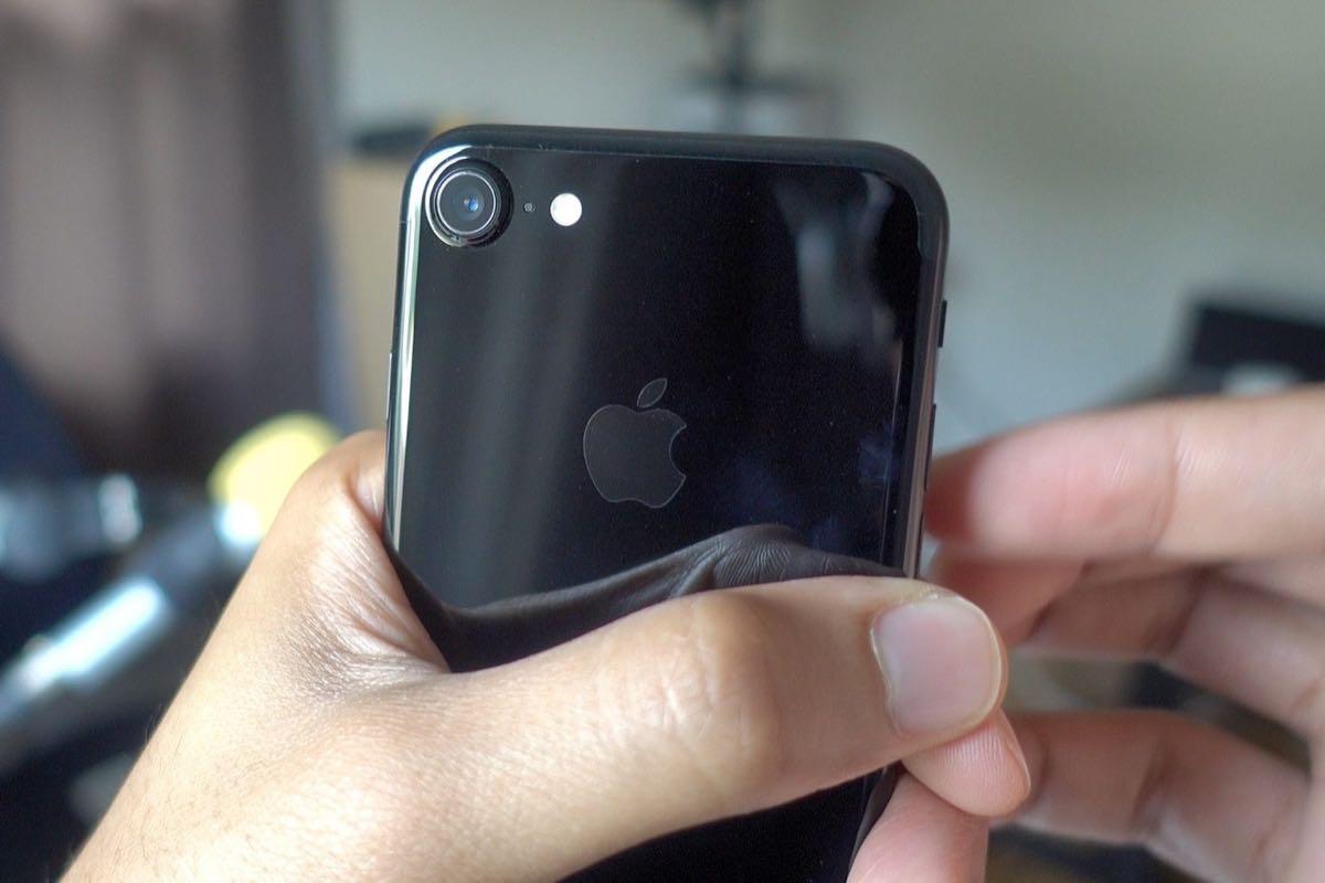 Apple iPhoe 7 Burn Fire 0