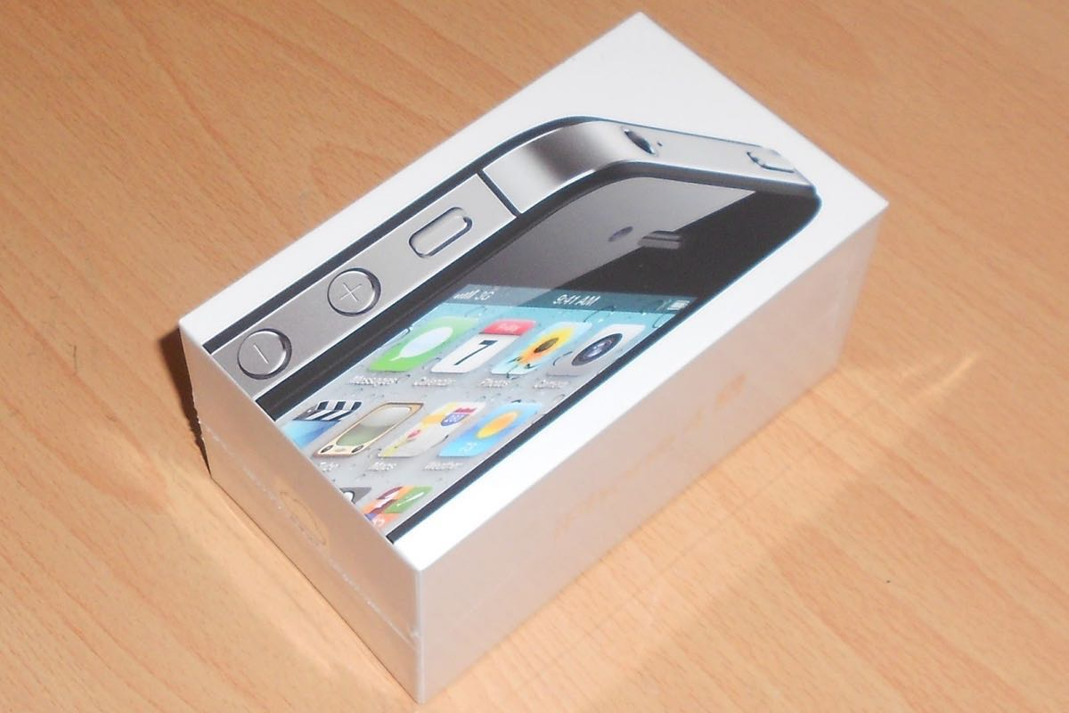 Apple iPhone 4s Buy Shop Free 3