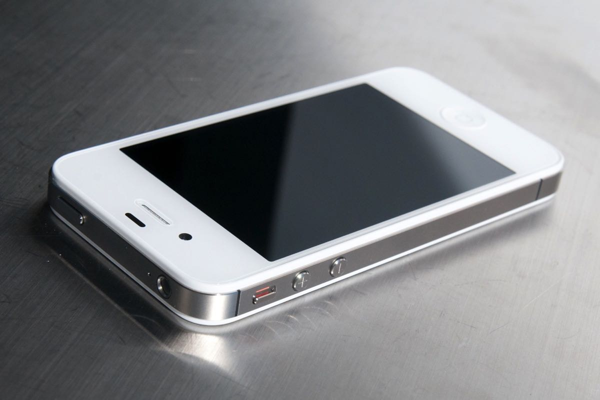 Apple iPhone 4s ремонт 2