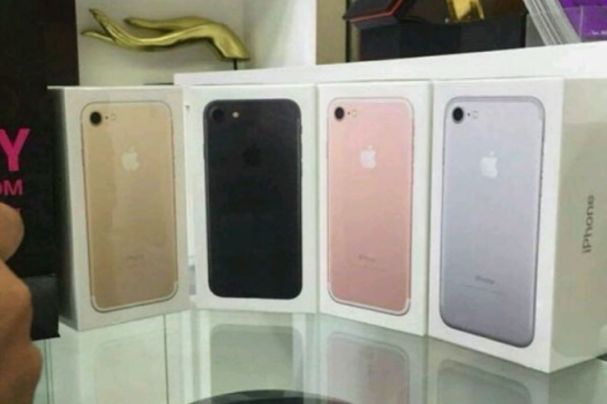 Apple iPhone 7 Avito Russia 3