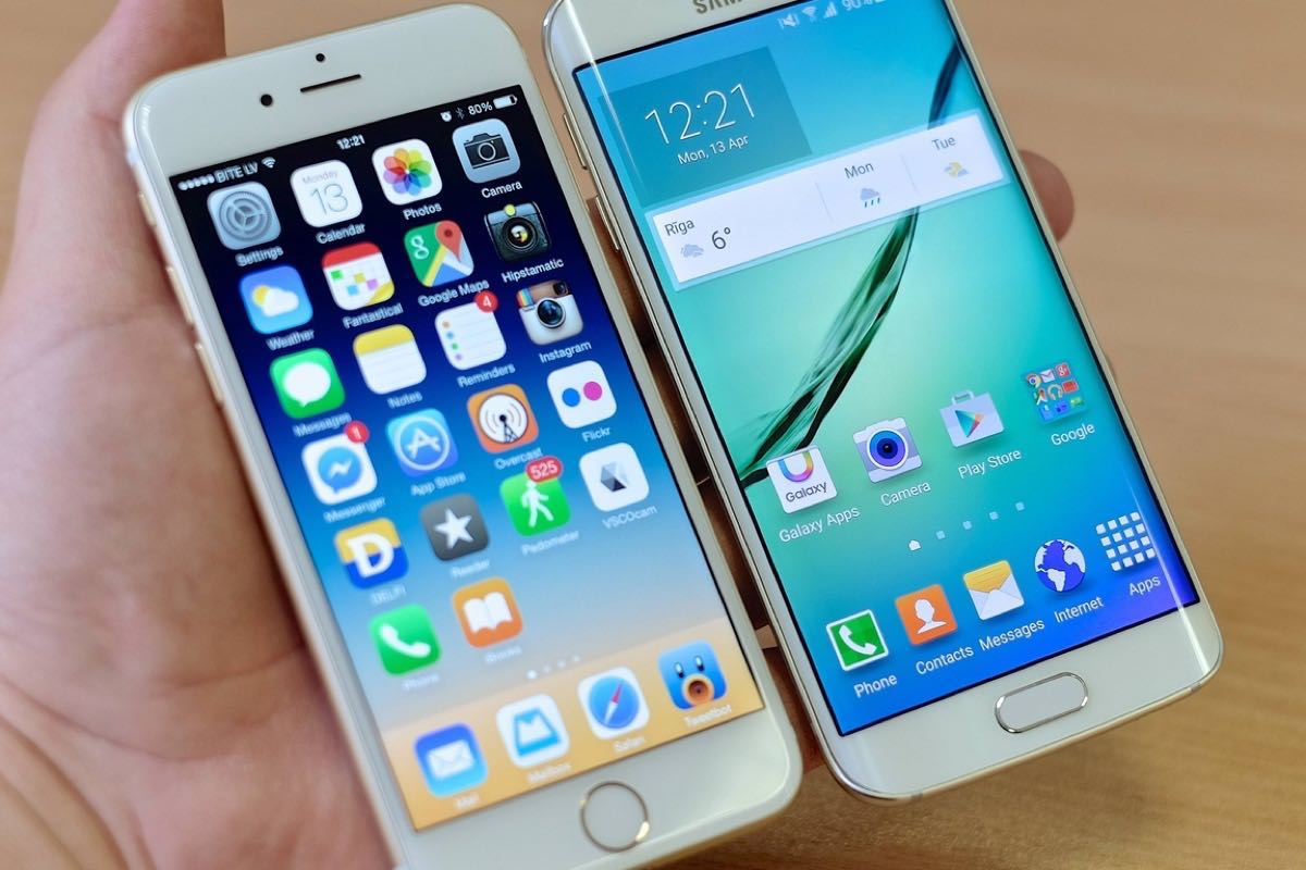Apple iPhone 8 3