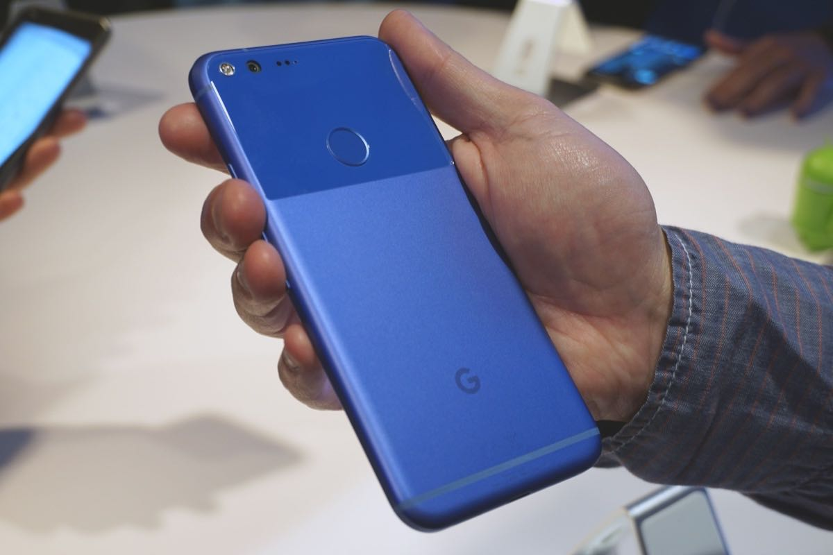 Google Pixel Pixel XL Apple iPhone 7 iPhone 7 Plus review