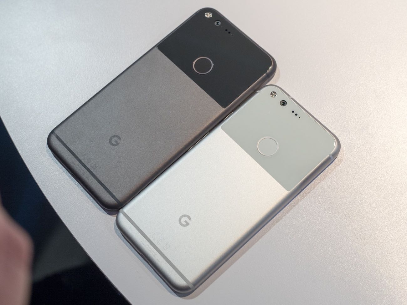 Google Pixel Pixel XL Russia USA Buy 4