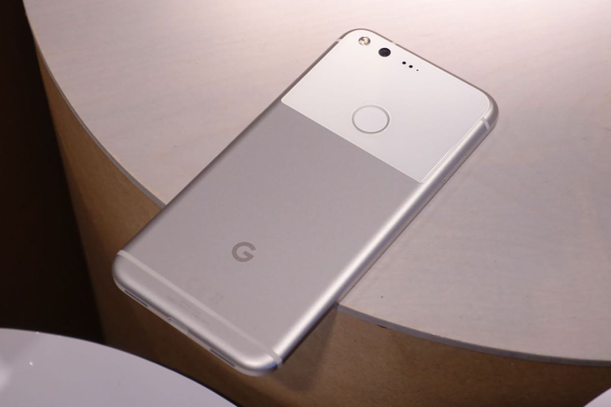 Google Pixel XL Nexus 5X Android 7.1 Nougat 2