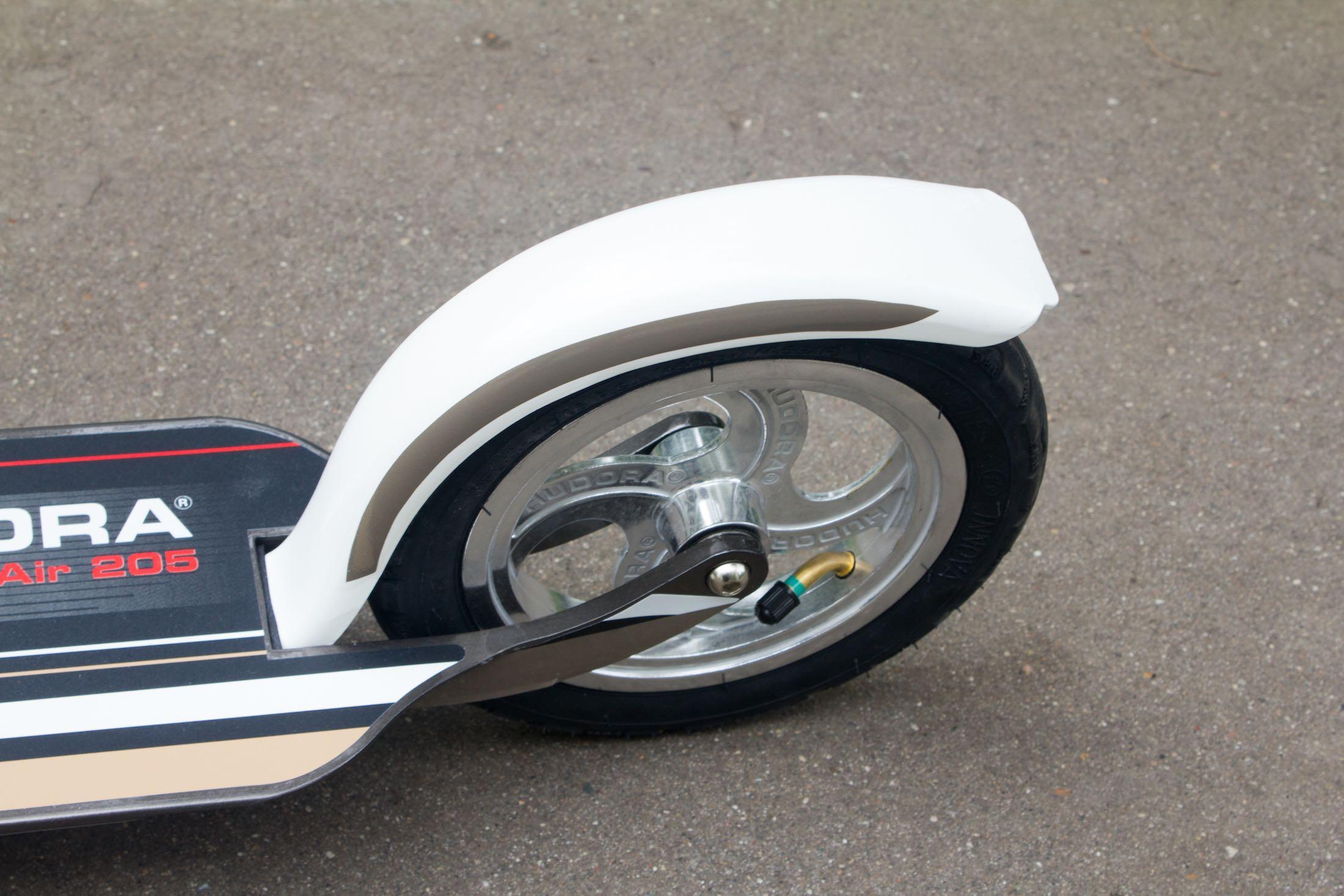 Hudora Big Wheel Air 205 Russia Review 7
