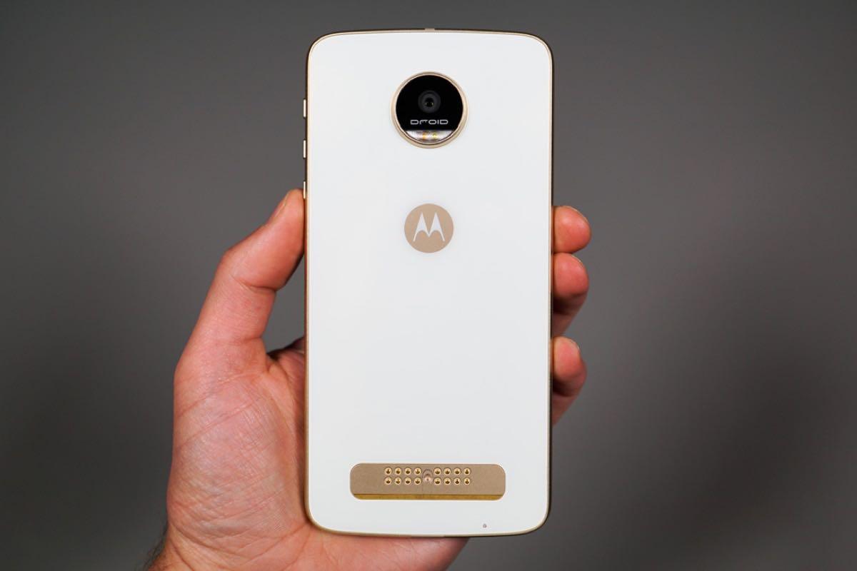 Samsung Galaxy S7 Moto Z Play Huawei Honor 8 3