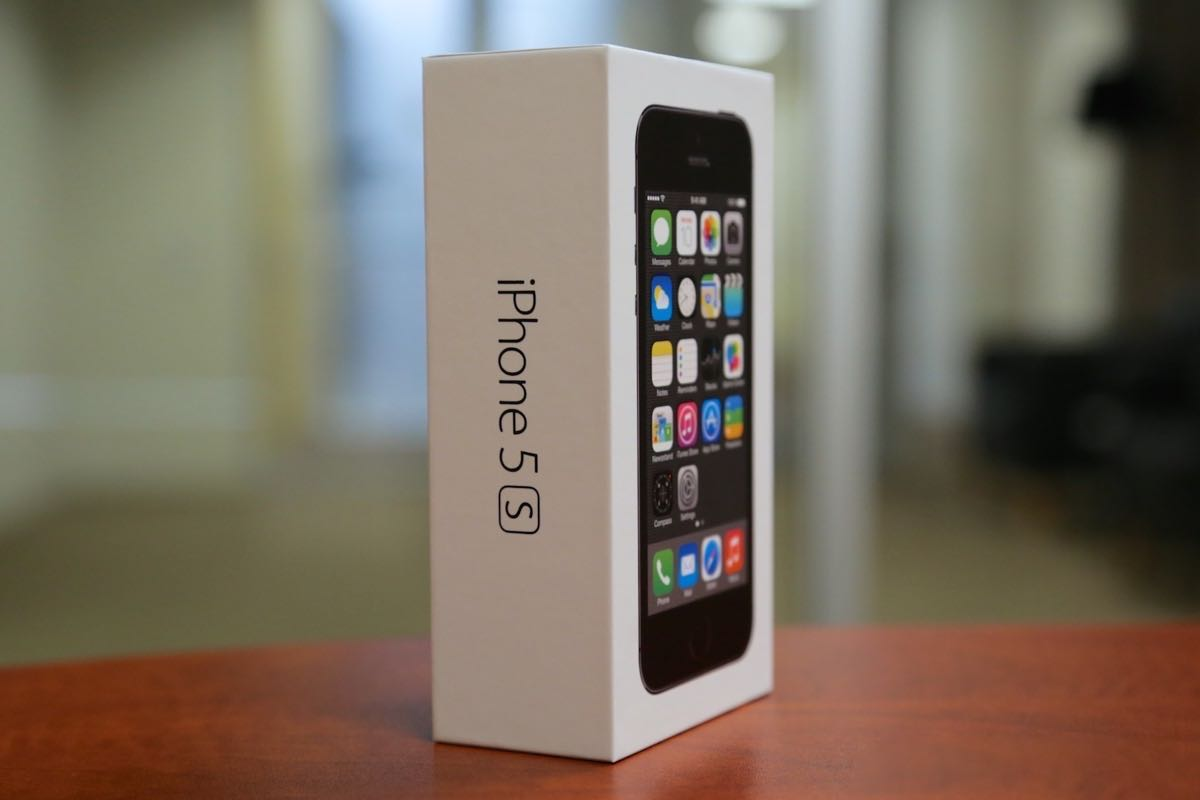 Apple iPhone 5s Buy USA Russia 3