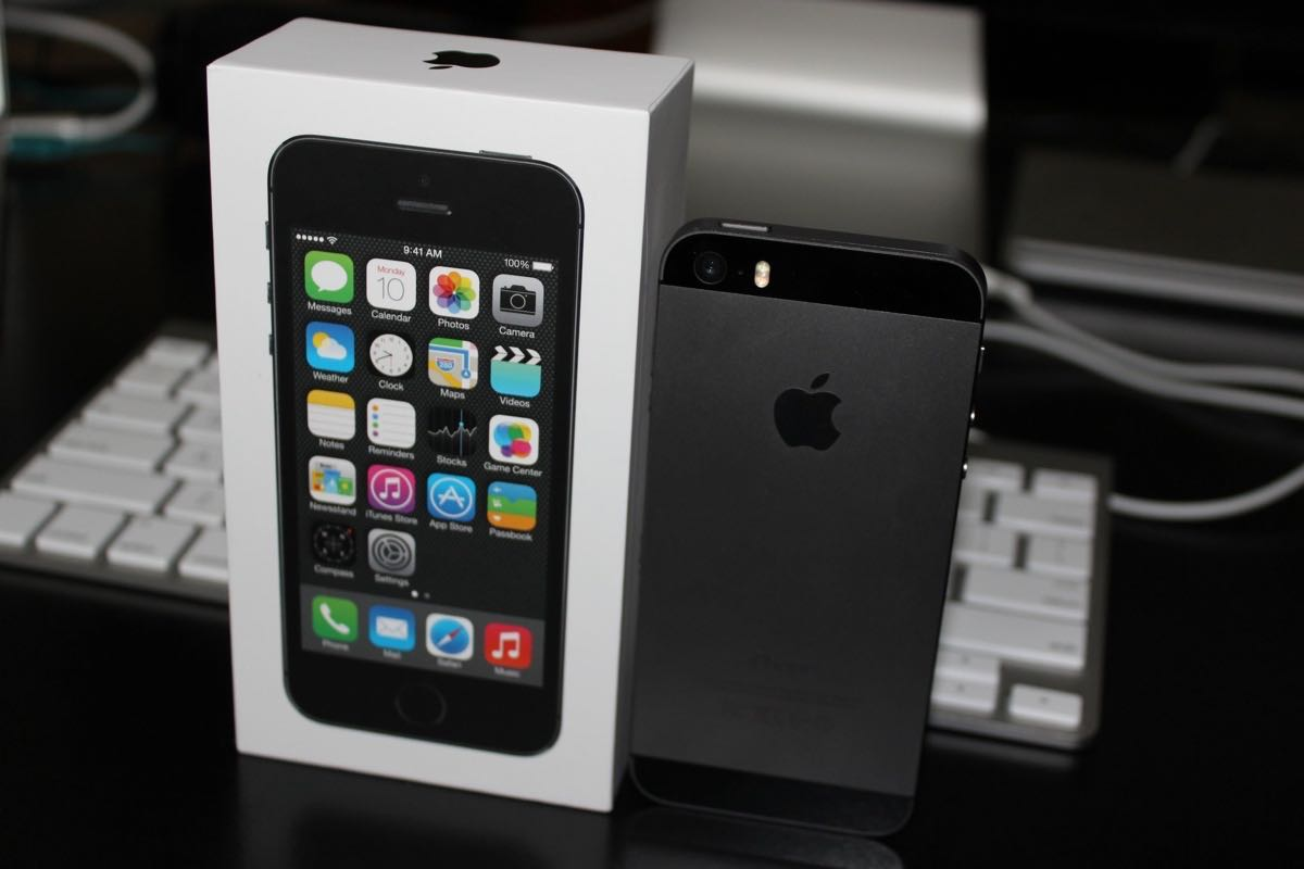 Apple iPhone 5s Buy USA Russia 5