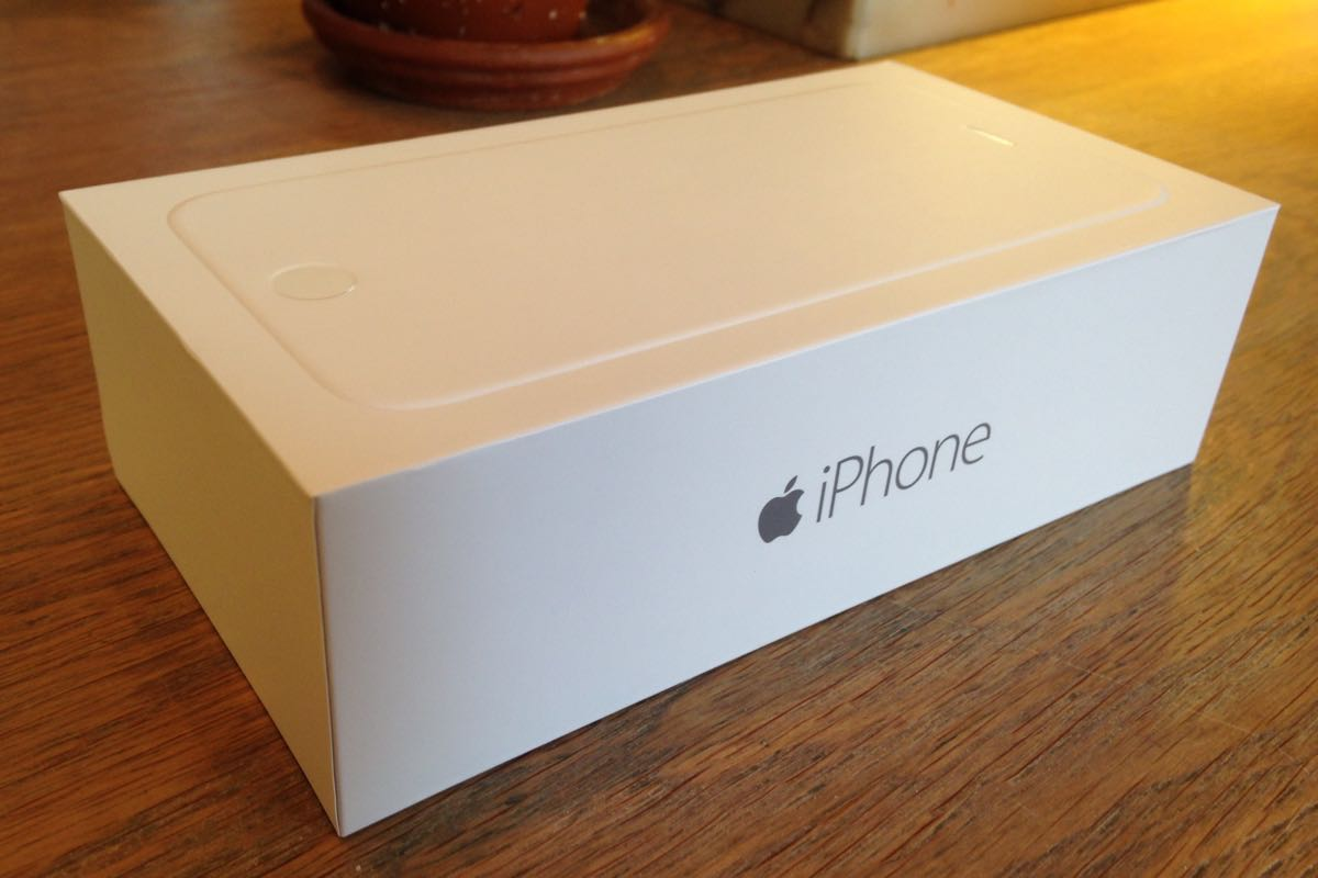 Apple iPhone 6s box 7