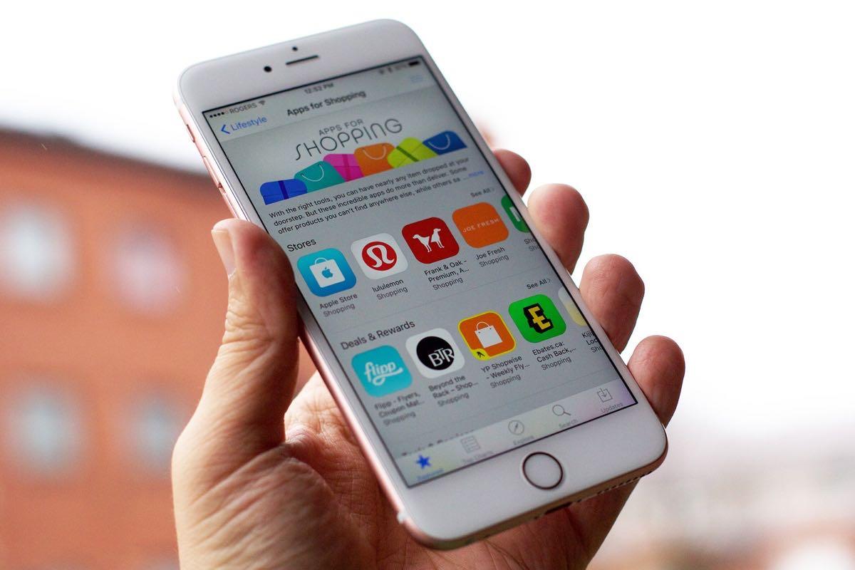 Apple iPhone 7 App Store Black Friday