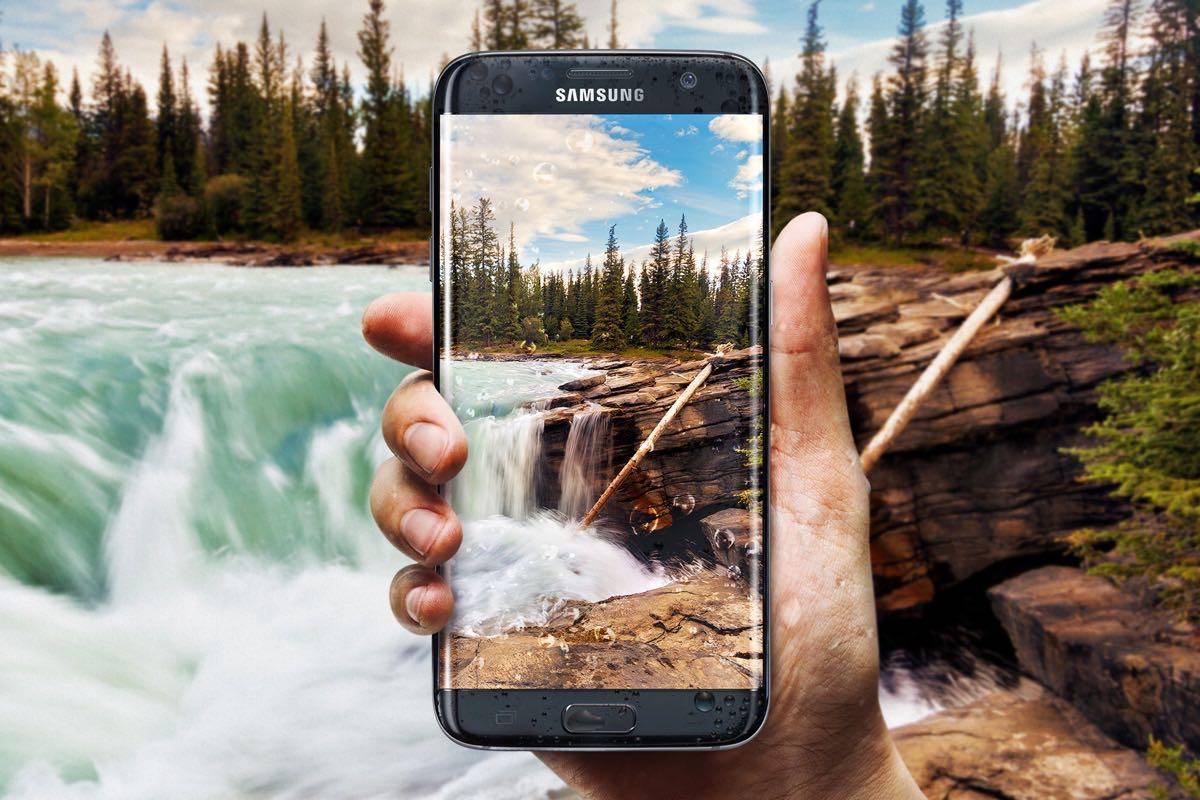 Apple iPhone 7 Samsung Galaxy S7 OLED 3