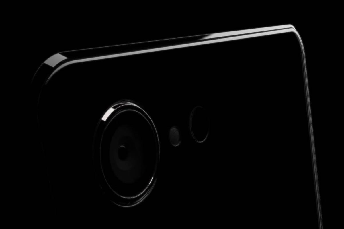 Apple iPhone 8 Concept Photo