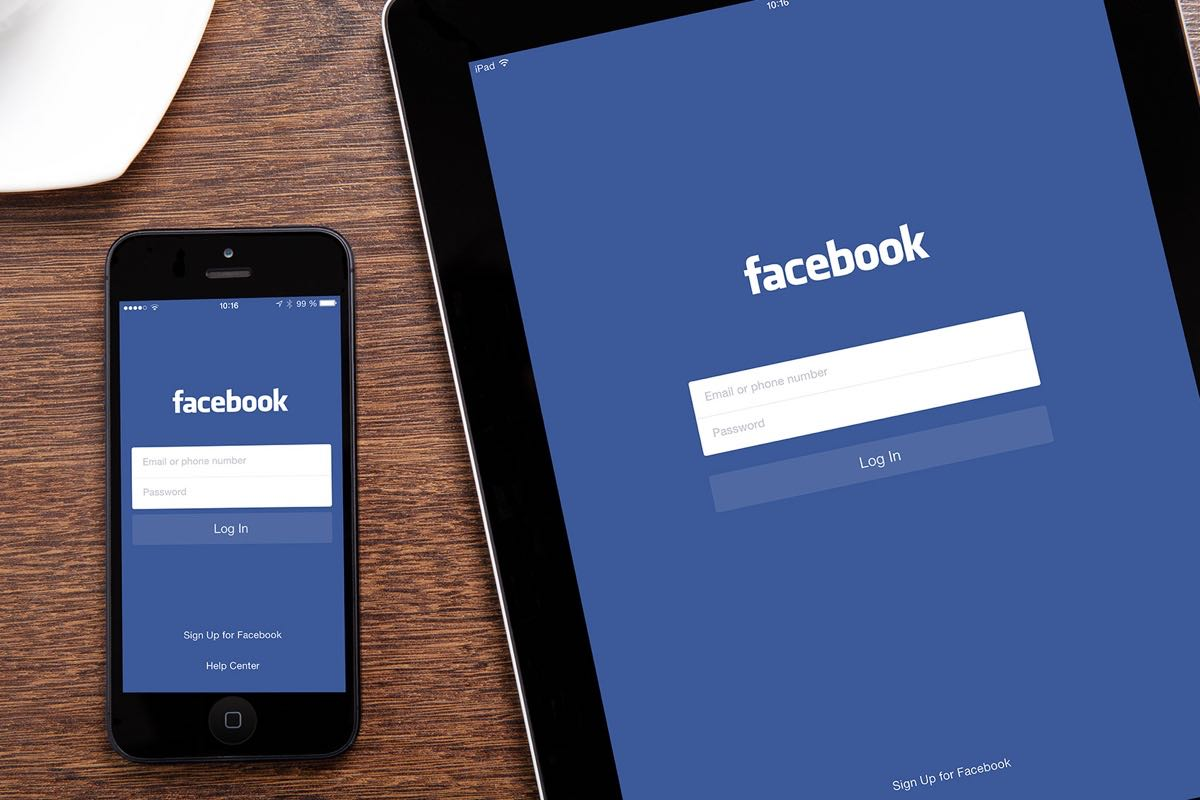 Facebook Twitter Russia 2