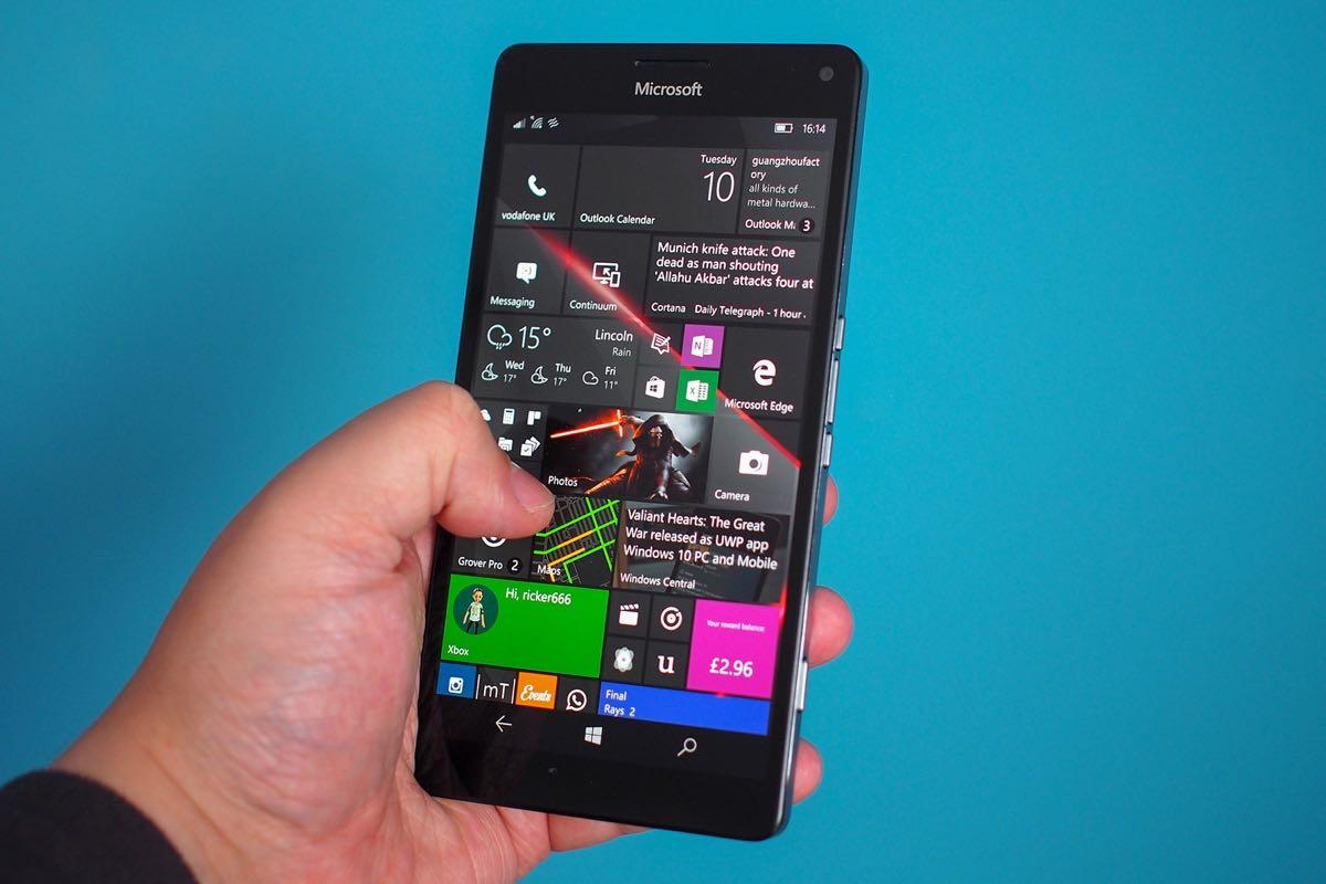 Microsoft Surface Phone 3