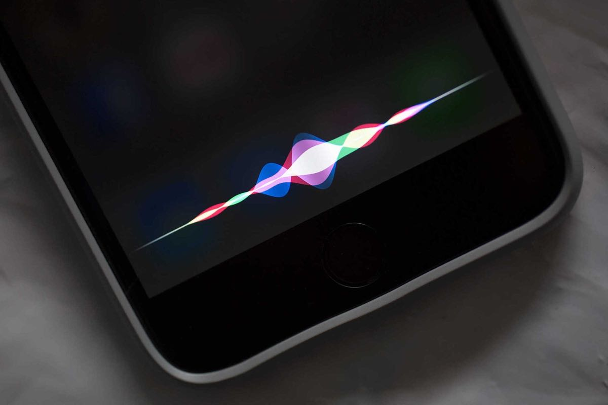 Siri activation iOS 10 iPhone iPad 0