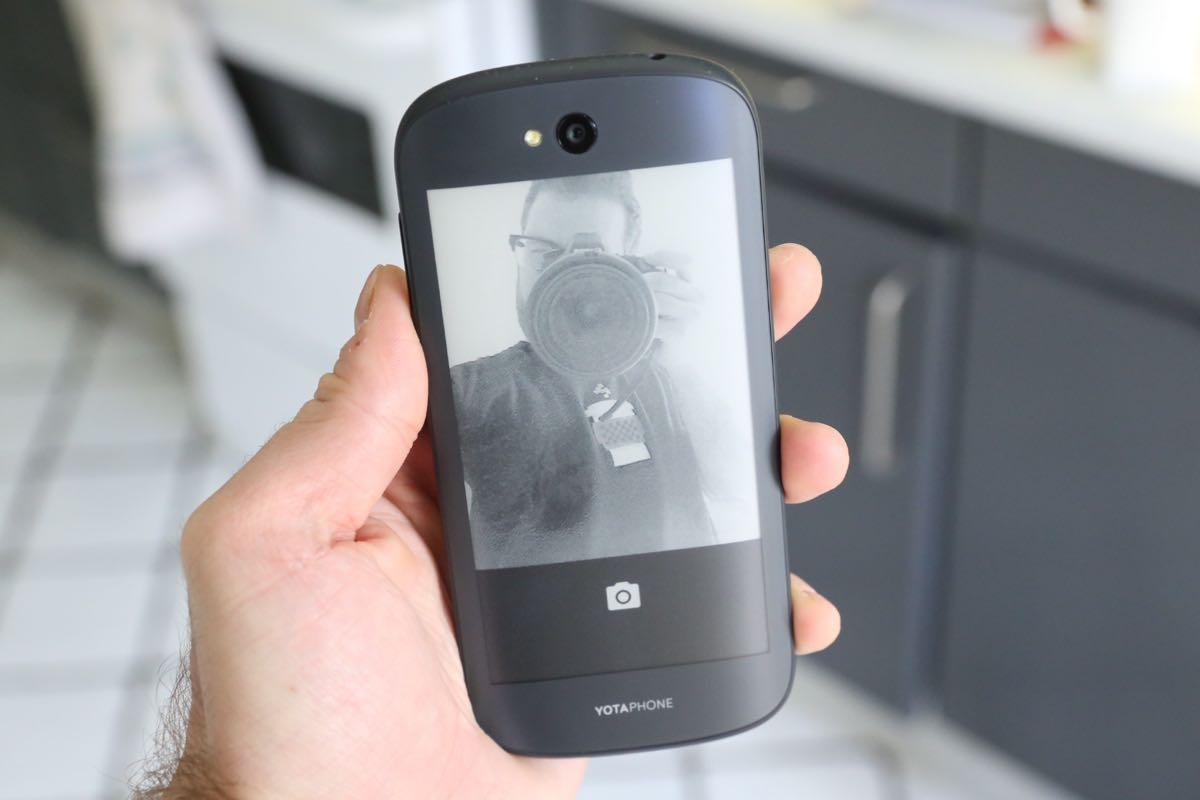 YotaPhone 3 1