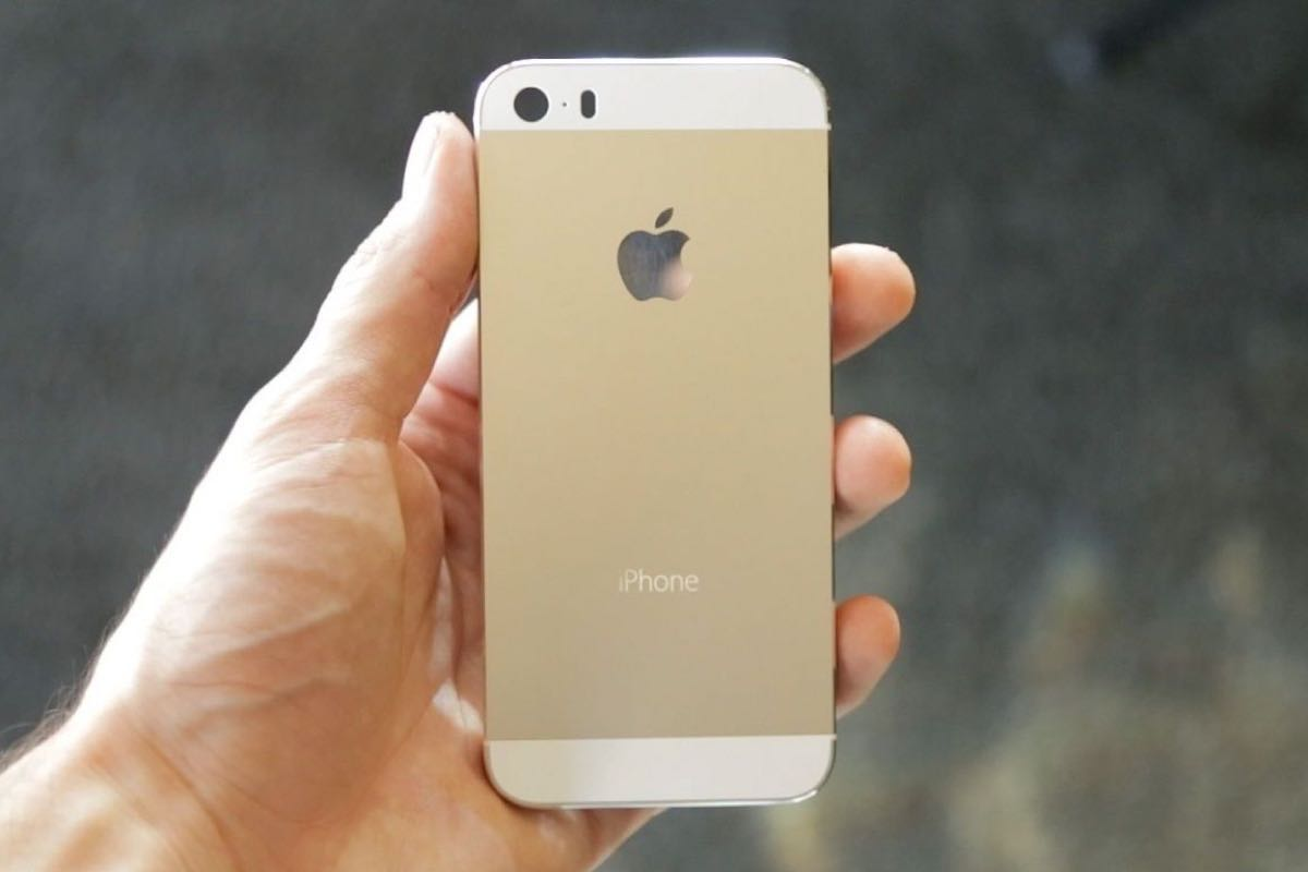 Apple iPhone 5s Russia USA 44