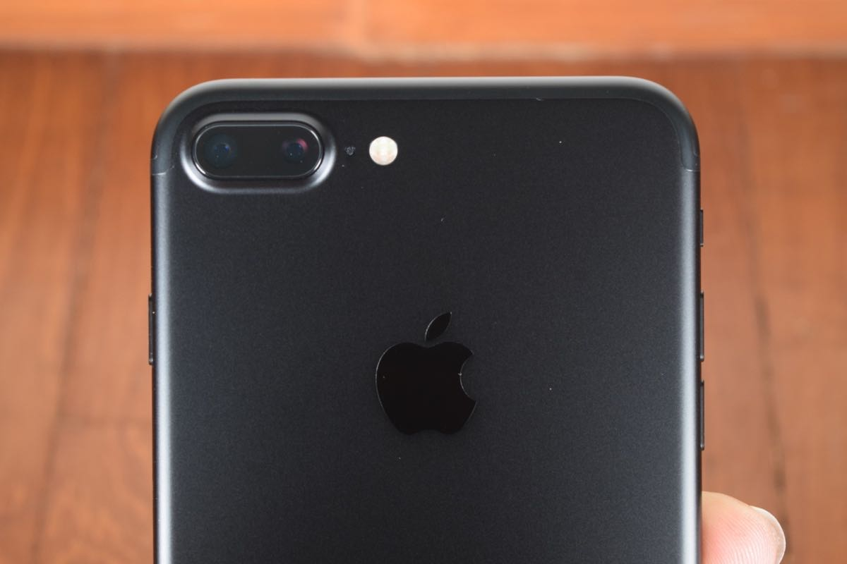 Apple iPhone 8 Plus Dual Camera 4