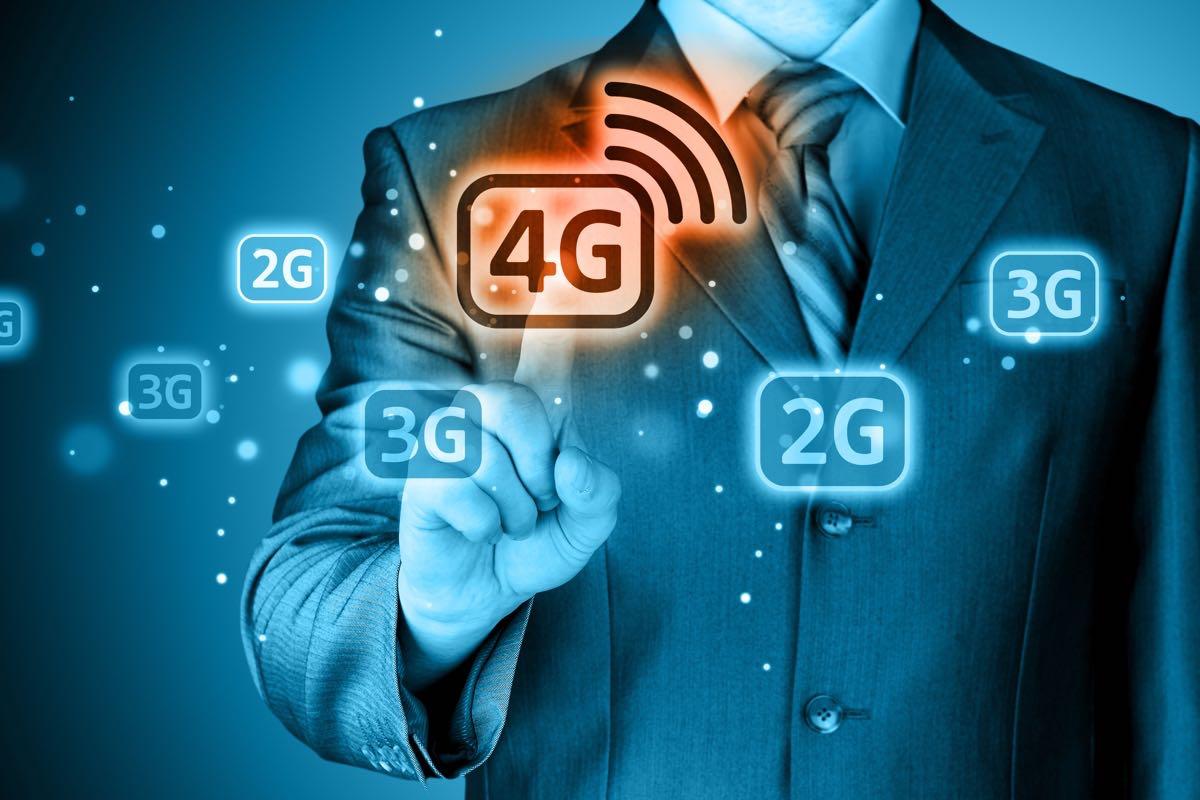 Развивающим 4G компаниям осенью продлят лицензии