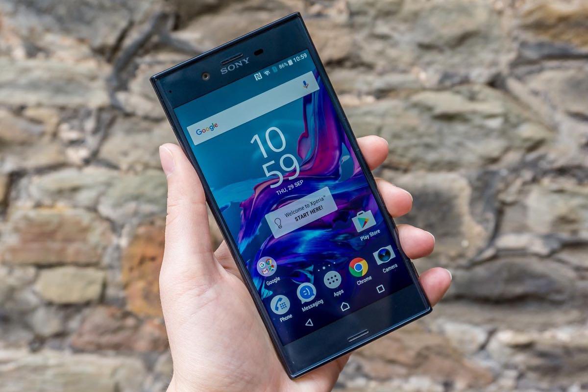 Sony Xperia XZ Android 7.0 Nougat 2
