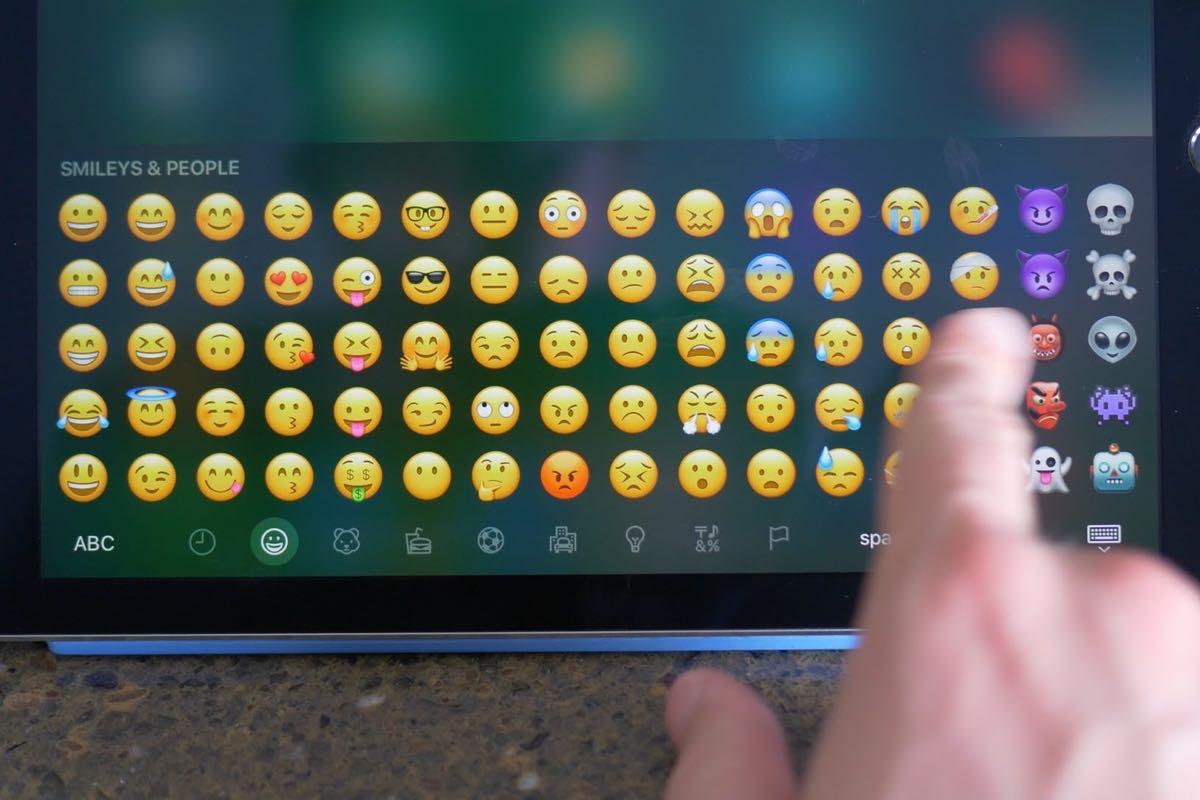 iOS 10 Emoji