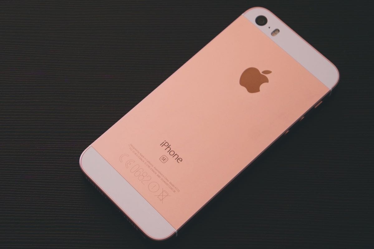 iphone SE 2 Apple 4