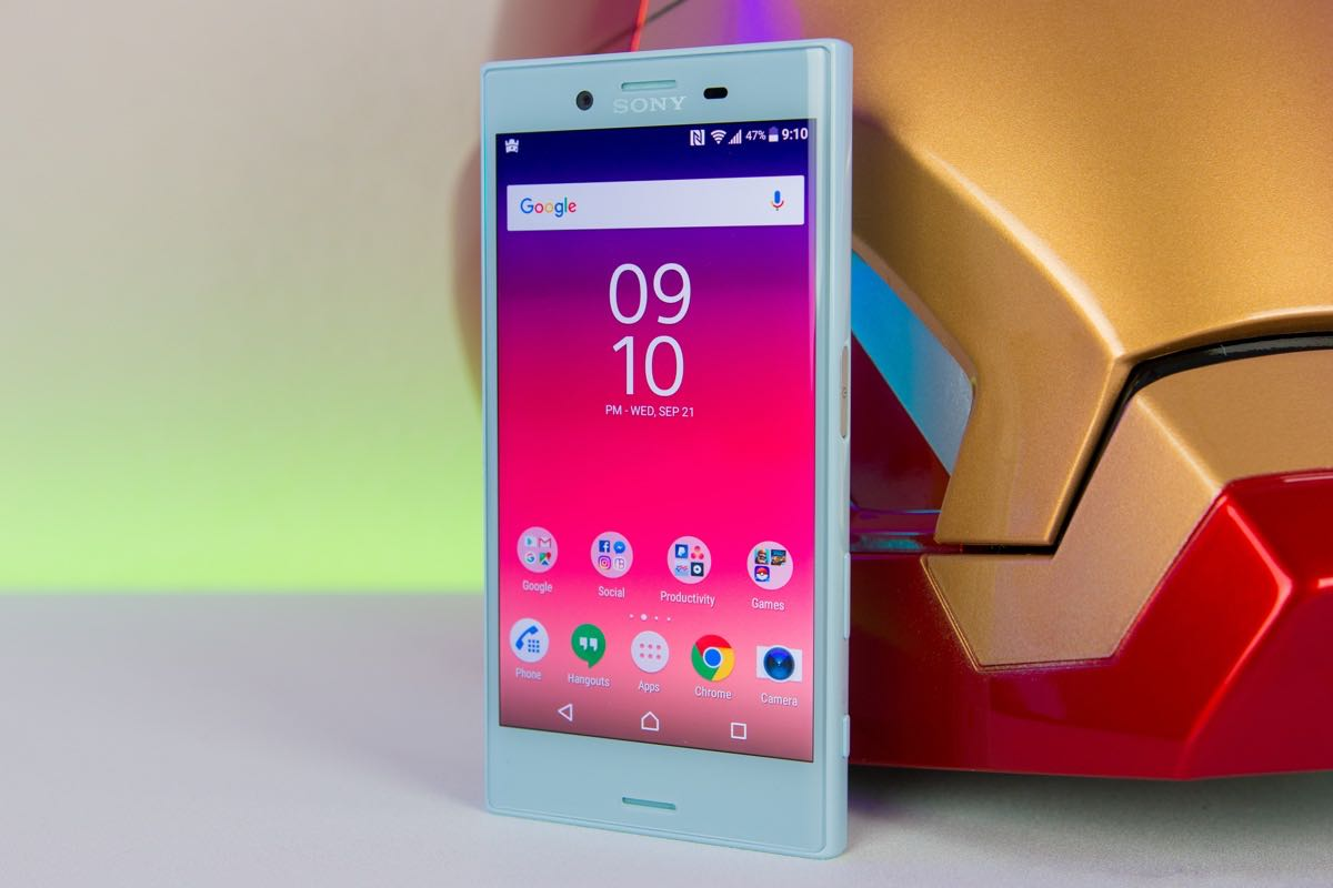 Sony Xperia X Compact 2 (2017) Best SmartPhone 2