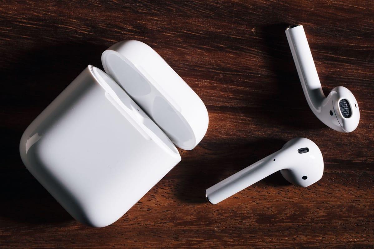 Теперь беспроводные наушники Apple AirPods можно покрасить в любой цвет 42e6dc91c370f