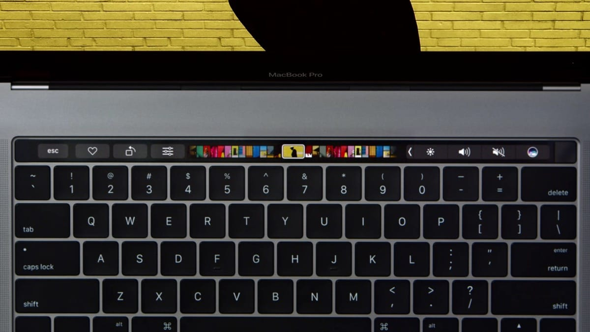 Apple Touch Bar MacBook Pro 3