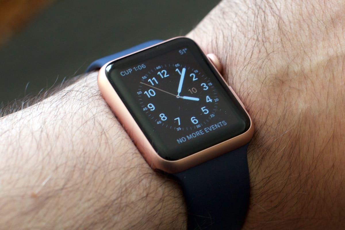 Смарт-часы Apple Watch Series 3 получат новые тачскрины 248280e3febfa