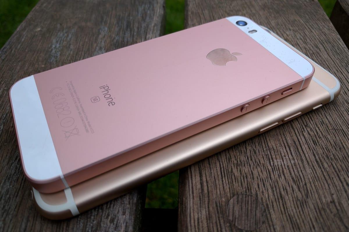 Apple iPhone SE iPhone 7 SmartPhone 2