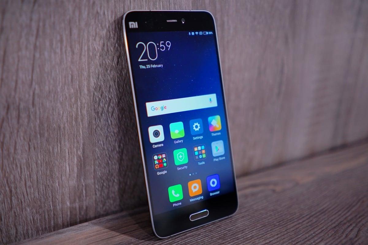 Xiaomi Smartphone iPhone se compact