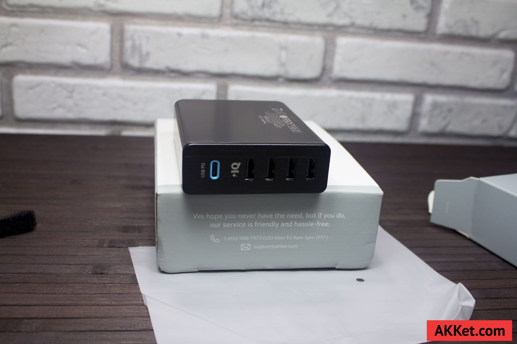 Anker PowerPort+ 5 USB-C Review Russia AKKet.com Charge iPhone 2