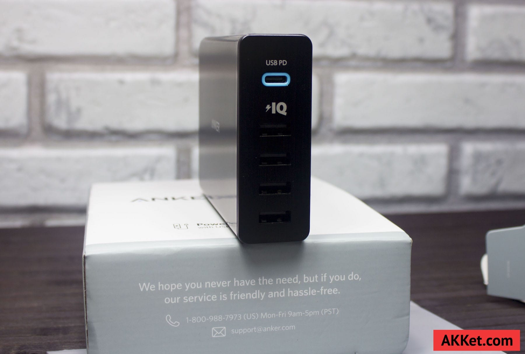 Anker PowerPort+ 5 USB-C Review Russia AKKet.com Charge iPhone 3