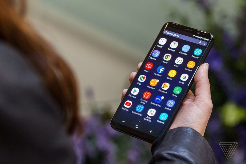 Samsung Galaxy S8 Russia 3