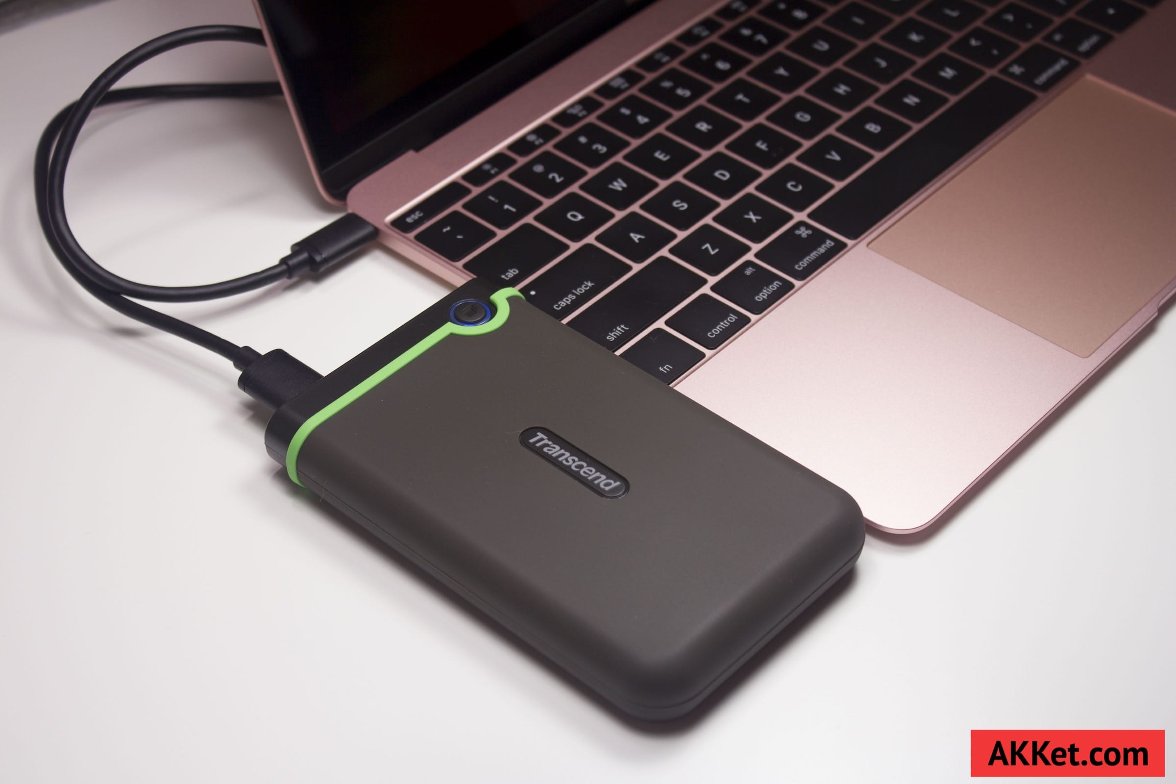 Transcend StoreJet 25MC (TS1TSJ25MC) USB Type-C Review Russia 24