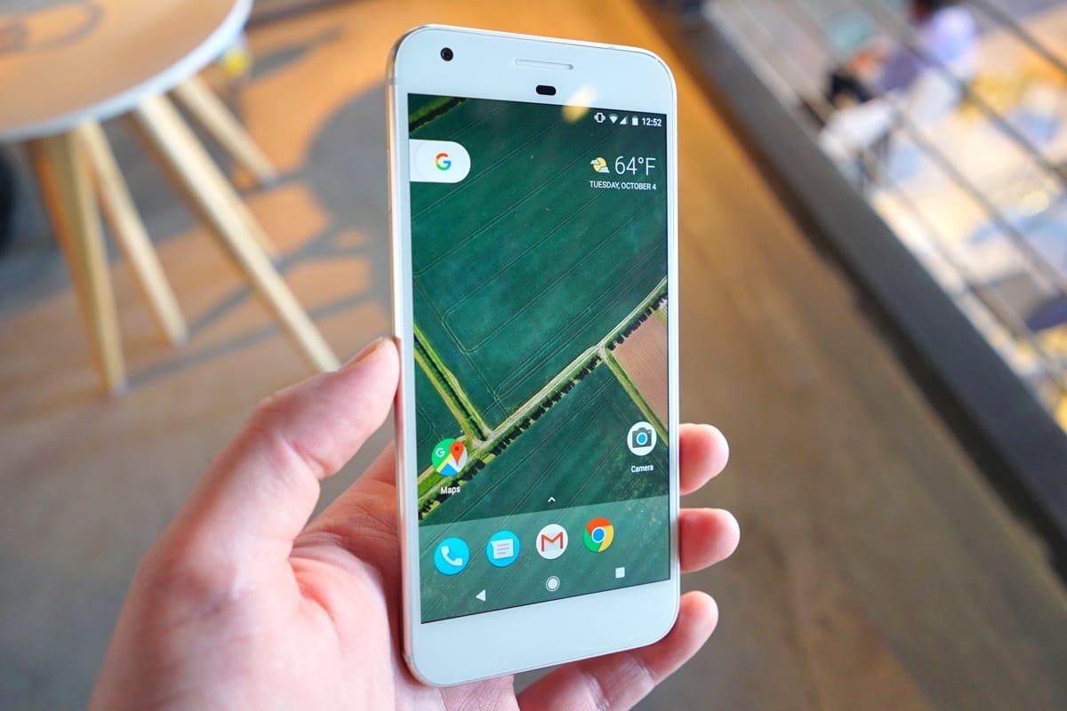 Винтернет угодила инсайдерская информация о новейшей линейке телефонов Google Pixel 2