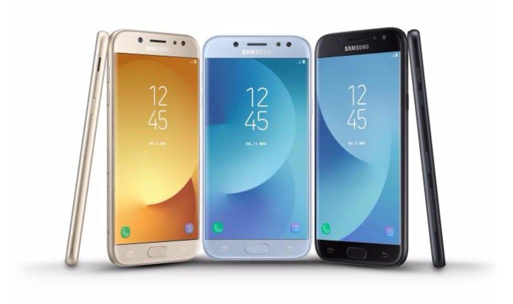 Представлены мобильные телефоны Самсунг Galaxy J3, Galaxy J5 иGalaxy J7 (2017)