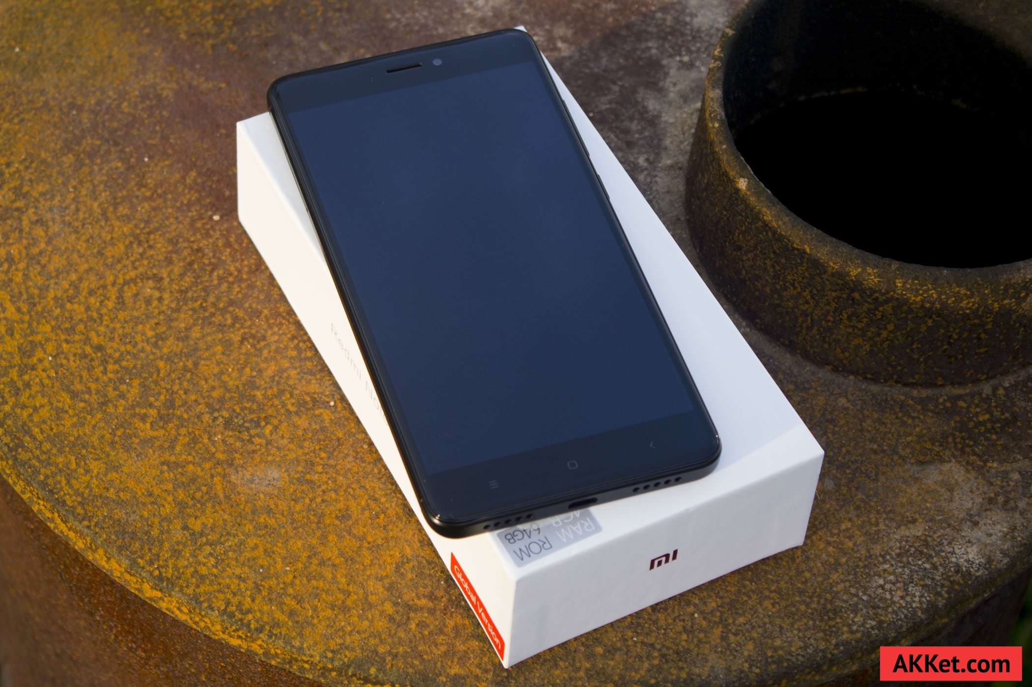 Конечно есРи есть возможность то покупать Xiaomi Redmi Note 4 сРедует именно в модификации с 4 ГБ оперативной памяти Разница в цене не такая боРьшая