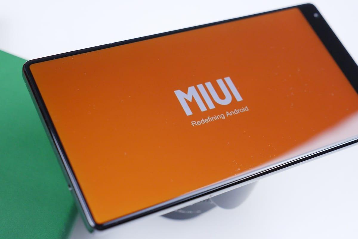 Скриншоты новоиспеченной оболочки MIUI 9 оказались ложными