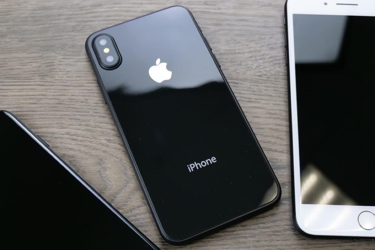 Siri вновом iPhone будет активироваться через кнопку включения