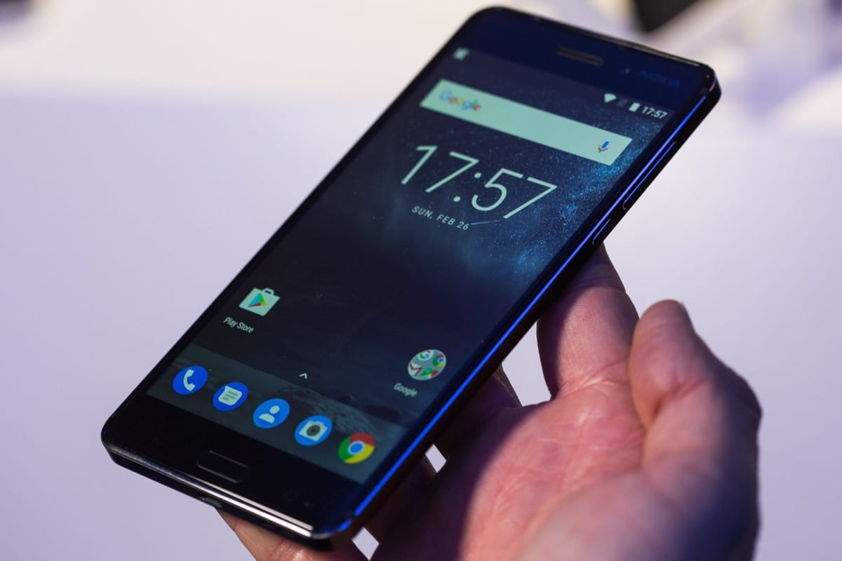 В русских магазинах появились бракованные мобильные телефоны нокиа 6