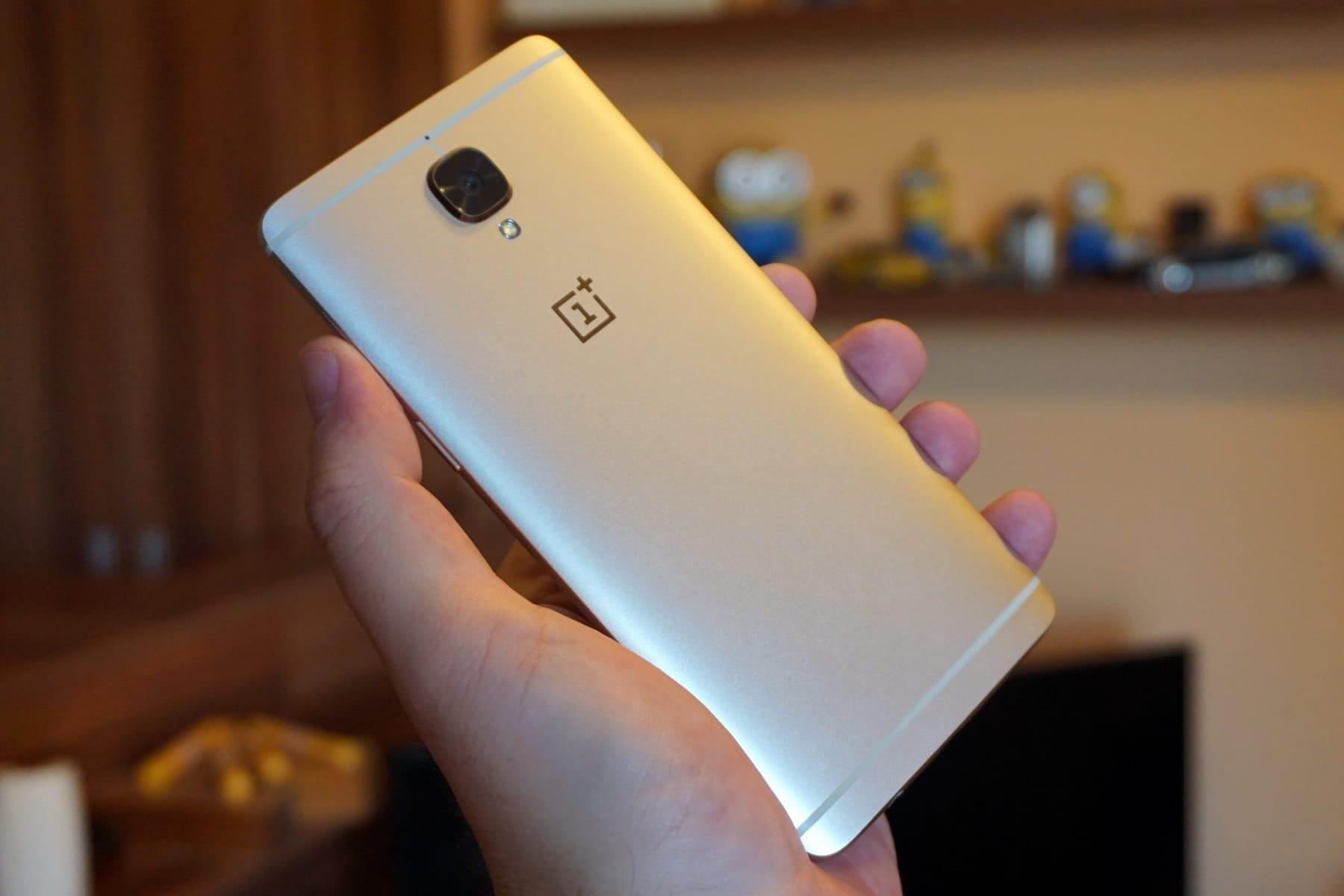 Смартфон OnePlus 5 поступил в реализацию  вновом цвете