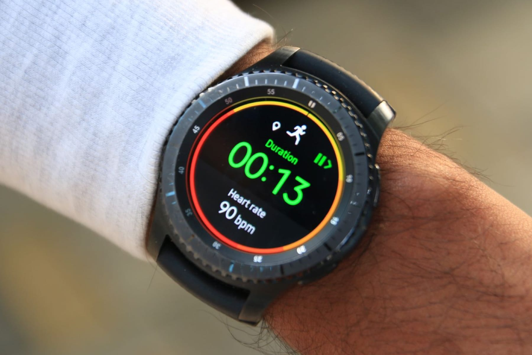 Самсунг готовит квыпуску часы Самсунг Gear Sport
