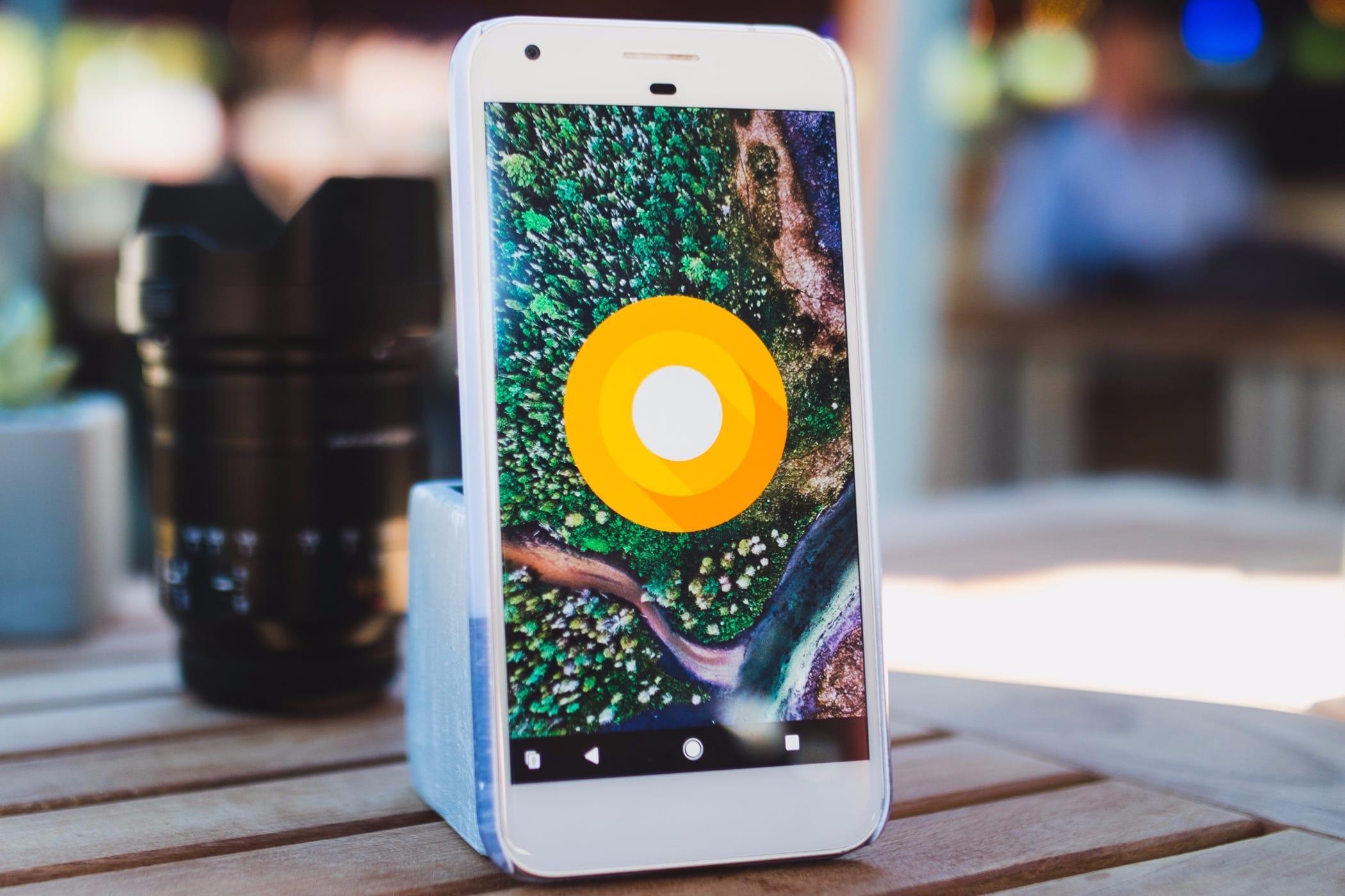 Google представит 2-ое поколение телефонов Pixel 4октября