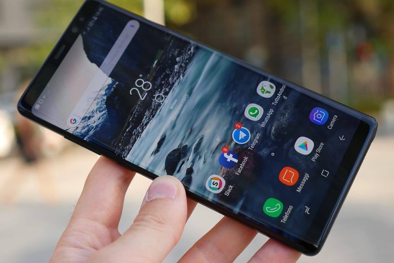d88db3fead74f Самый лучший в мире Android-смартфон поступил в продажу в России – цена