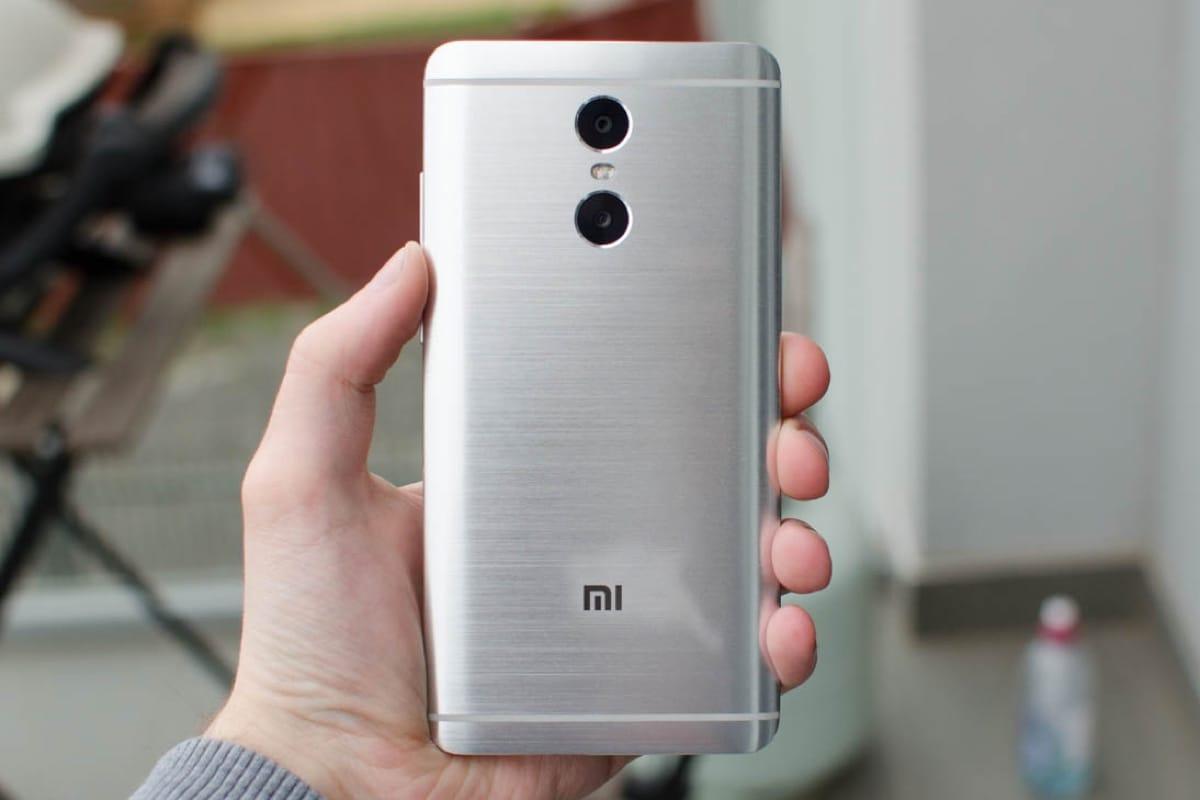 Изображение розничной упаковки указывает наскорый анонс телефона Xiaomi Redmi 5 Plus
