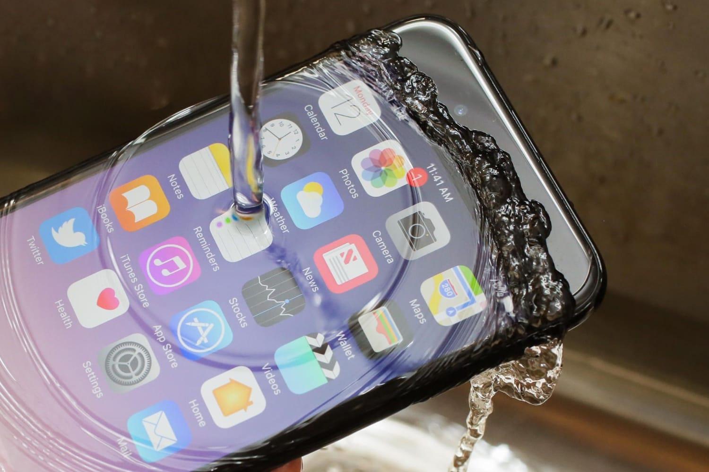 Самсунг хочет выпустить гибкий смартфон втечении следующего года