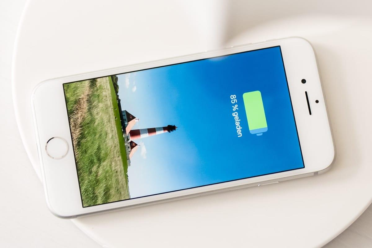 IPhone 8 вошел втройку самых известных телефонов в РФ